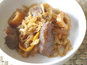 凍りこんにゃくと切干大根の煮物